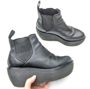 DOC MARTENS Aerial Platform Chelsea Ankle Boots